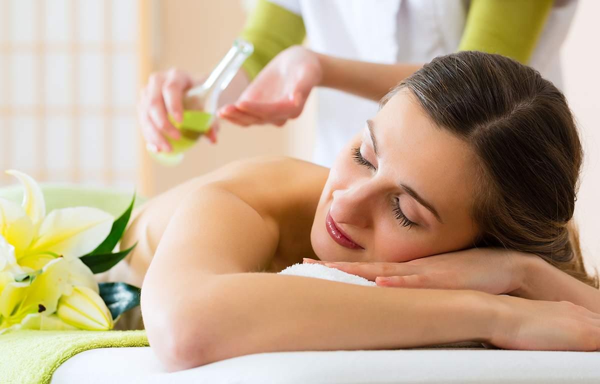 Moringa Oleifera Öl Massage
