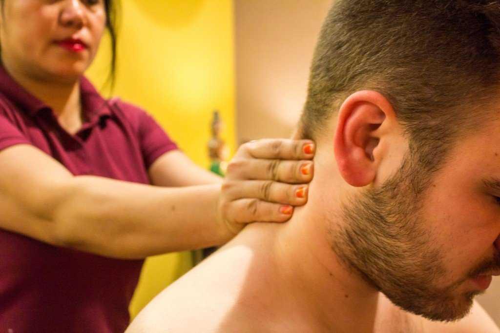 Thai Rücken und Nackenmassage bei My Thai Massage Köln